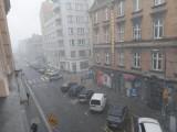 Opady śniegu i przymrozki na Śląsku. IMiGW wydał ostrzeżenie meteorologiczne dla powiatu cieszyńskiego i żywieckiego. Pada też w Pszczynie