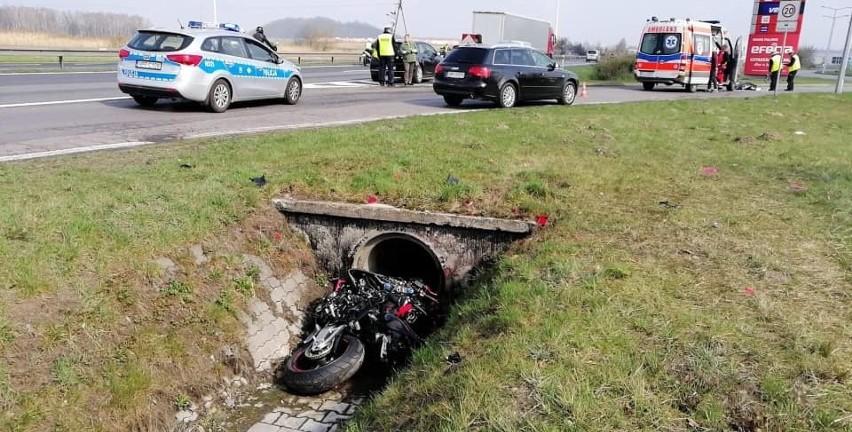 Śmiertelny wypadek na DK1 w Poczesnej. Zginął motocyklista