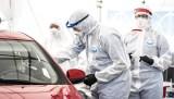 Trzecia fala pandemii COVID-19. Dużo nowych zakażeń koronawirusem i przypadków śmiertelnych. Będą kolejne obostrzenia?