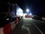 Wypadek na obwodnicy Szubina. Ciężarówka zderzyła się z autem osobowym