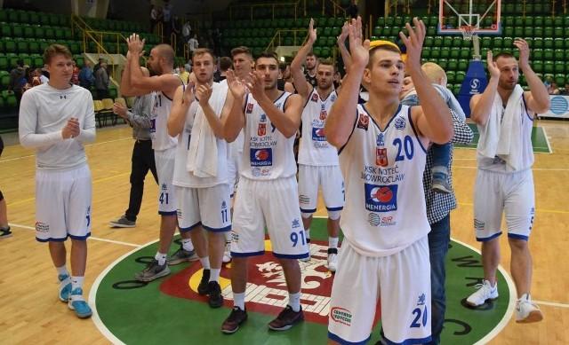 Sezon w koszykarskiej pierwszej lidze zainaugurowany. Po ciężkim boju drużyna KSK Noteć Inowrocław pokonała we własnej hali ekipę AZS AGH Kraków 74:73.