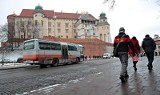 Kraków. Duże zmiany dla kierowców w centrum. Ograniczony został ruch pod Wawelem