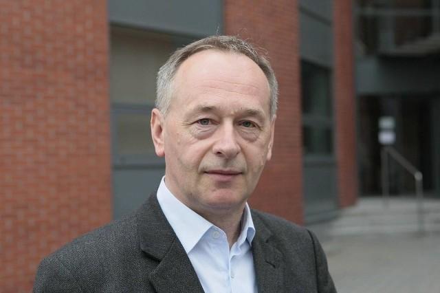 Prof. Janusz Karwat.