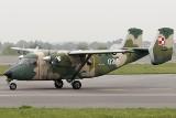 Wrocław: wojskowy samolot krąży nisko nad miastem. Co to za manewry?