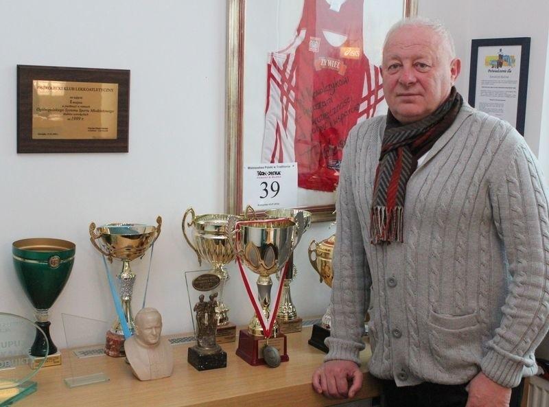 Prezes OKLA Ostrołęka ma nadzieję, że kolejne sezony dla klubu będą lepsze.
