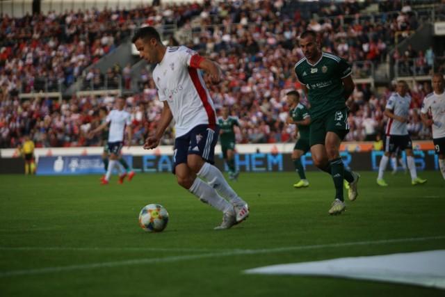 Hiszpan Igor Angulo jest w tym roku najszybszym obcokrajowcem w PKO Ekstraklasie.  Zobacz kolejne zdjęcia. Przesuwaj zdjęcia w prawo - naciśnij strzałkę lub przycisk NASTĘPNE