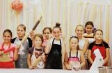 Janikowo. Pod okiem Jagody Łaganowskiej, zwyciężczyni Master Chef Junior, dzieciaki przygotowywały kruche ciasteczka. Zdjęcia
