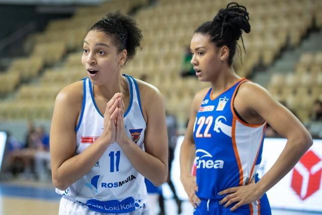Liliana Banaszak (z prawej) mimo, że ma dopiero 21 lat już jest od dłuższego czasu podstawową zawodniczką szóstej drużyny ekstraklasy, czyli Enei AZS Poznań