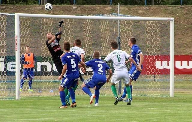 Na emocje w III lidze piłkarskiej kibice w Wielkopolsce będą musieli prawdopodobnie jeszcze czekać dwa miesiące