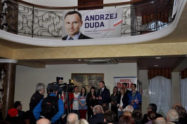 Andrzej Duda w Skawinie. Codziennie odwiedza kilka powiatów