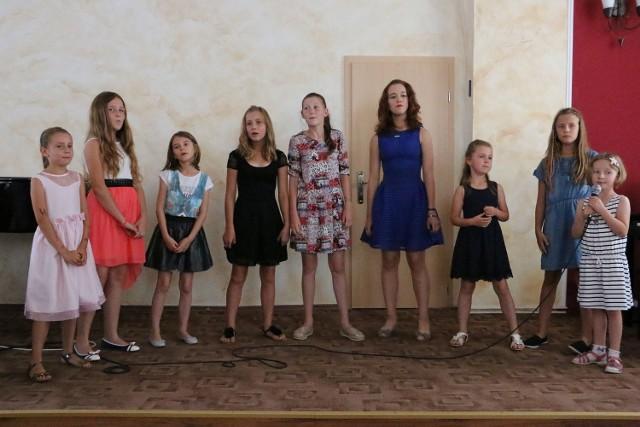 W warsztatach wzięło udział dziewięć młodych wokalistek.