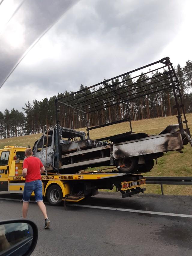 Na S3, na wysokości Skwierzyny, spłonął samochód. Mogą się tu jeszcze tworzyć jeszcze korki