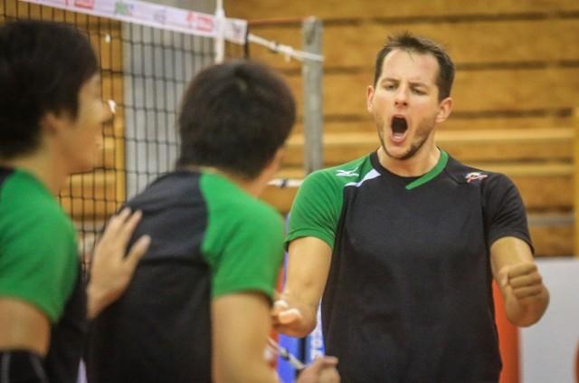 Bartosz Kurek przez tydzień trenował z zespołem JT Thunders Hiroszima podczas zgrupowania w Gdańsku. Do Japonii jednak nie poleciał.