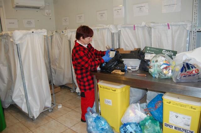 W Nakle  posegregowane śmieci mieszkańcy oddają do osiedlowych minipszoków
