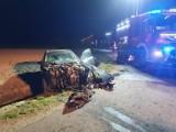 Groźny wypadek w Woli Mąkolskiej. Trzy osoby ranne. Bus koziołkował ZDJĘCIA