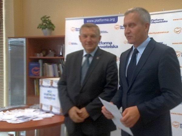 Tadeusz Truskolaski, prezydent Białegostoku i Robert Tyszkiewicz, poseł PO (z prawej) podsumowali pomysły na Białystok