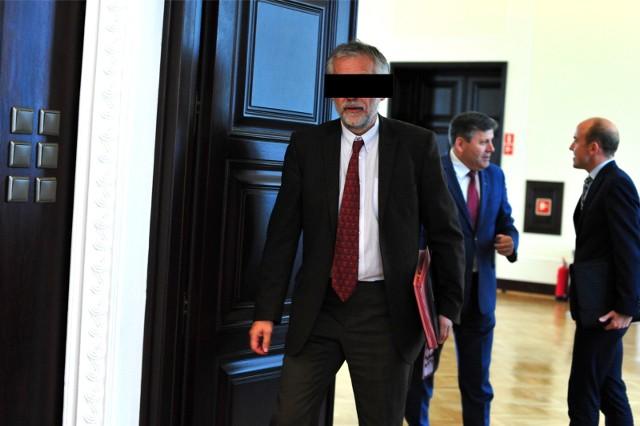 Prokurator zastosował wobec podejrzanego Macieja G. wolnościowe środki zapobiegawcze: poręczenie majątkowe oraz zakaz opuszczania kraju