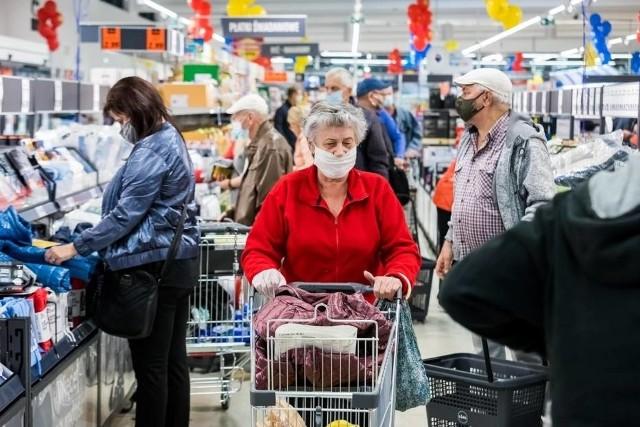 W Białobrzegach jest budowany nowy market z artykułami spożywczymi i przemysłowymi.
