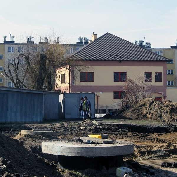 Ponad 13 milionów zł władze Dębicy wydadzą na  budowę i remonty dróg.