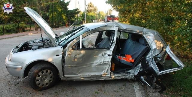 Radzyńscy policjanci ustalają okoliczności wypadku drogowego, do którego doszło we wtorek po godzinie 18.00 w miejscowości Komarówka Podlaska na ul. Waleriana Batki