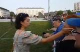 Pełnomocniczka wojewody spoliczkowała kobietę. Szybko zareagował minister administracji