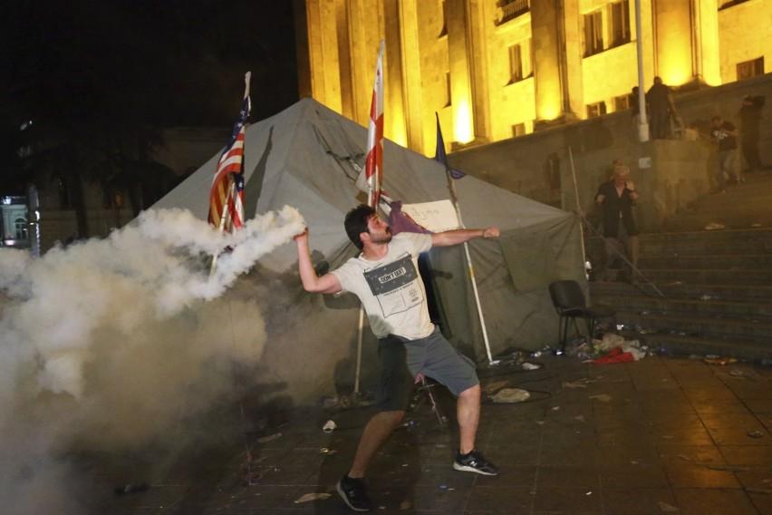 Zamieszki w Tibilisi