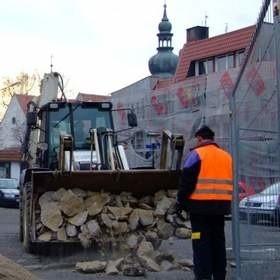 W tym roku gmina dokończy ponadto przebudowę rynku w Leśnicy. (fot. Radosław Dimitrow)