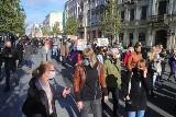 Manifestacja w pasażu Schillera, przemarsz ulicami Łodzi ZDJĘCIA