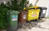 Mieszkańcy bydgoskiego Opławca jednak nie mogą wystawiać śmieci w kubłach. Będą wywożone tylko worki
