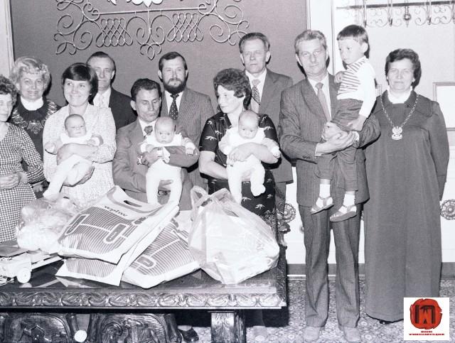 Uroczystość nadania imienia trojaczkom - 1983 rok.