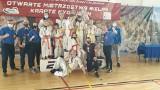 Udany start koneckich karateków na zawodach Warsaw Cup. Trener Mateusz Garbacz ma powody do satysfakcji [ZDJĘCIA]