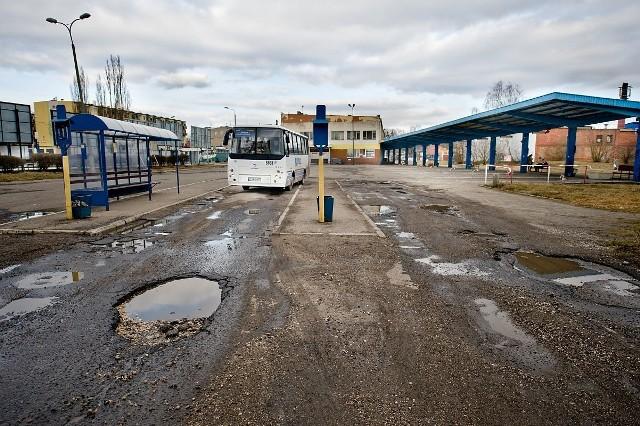 Zdaniem pani Haliny stan dworca PKS jest poniżający dla gminy