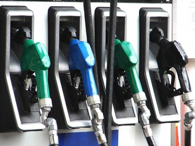 Najtańszą benzynę 95-oktanową dostaniemy w tym tygodniu na kieleckiej stacji MAKRO przy ulicy Transportowców.