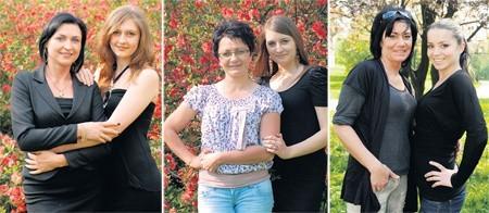 Kandydatki do tytułu Najpiękniejszej Mamy i Córki 2011.