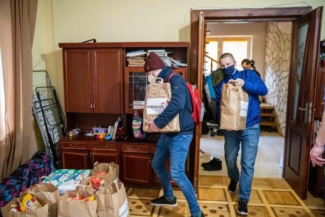 Białorusini mieszkający w Białymstoku otrzymali paczki żywnościowe
