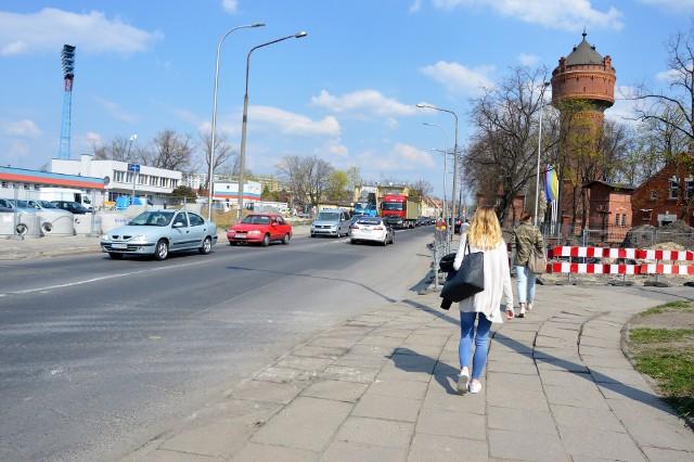 Zamknięty będzie pas ul. Oleskiej w kierunku przejazdu pod wiaduktem kolejowym