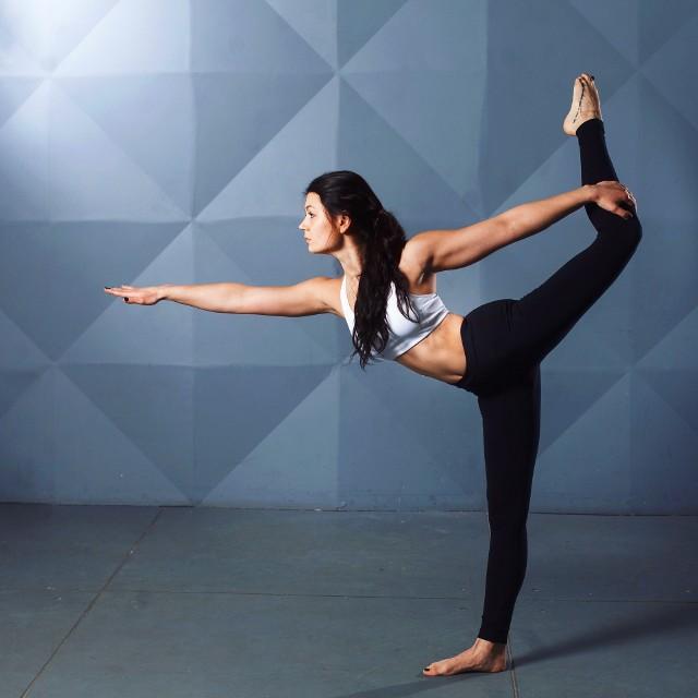 Stretching dynamiczny czy statyczny dla początkujących?