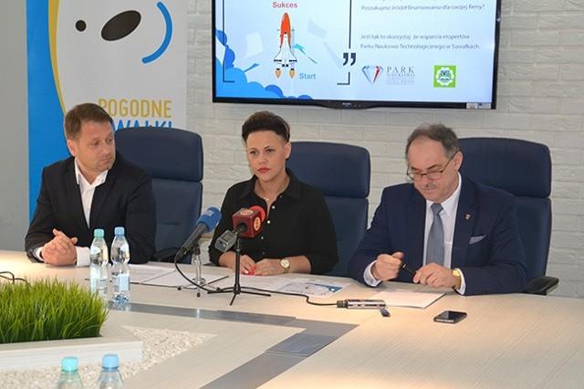 Władze PWSZ i PN-T podpisały porozumienie o współpracy.