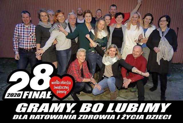 Oto oni! Członkowie sztabu WOŚP w Wysokiem Mazowieckiem. Dzięki nim inicjatywa Owsiaka wraca do miasta po kilkunastu latach.
