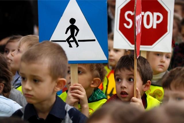 Zasad bezpieczeństwa najlepiej uczyć się od przedszkola. Na zdjęciu - dzieci z Przedszkola nr 31 w Gdańsku