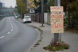 Samowolny znak drogowy w Poznaniu ostrzega rowerzystów przed wypadkami. Powinien jednak być zdjęty. Dlaczego?