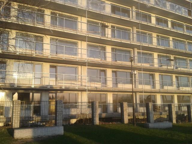 Mieszkania deweloperskie w PolsceAnalitycy zwracają uwagę na to, że w wielu miastach bardzo ciężko będzie znaleźć mieszkanie, którego cena będzie mieściła się w ustalonym dla danego rejonu, limicie cenowym.