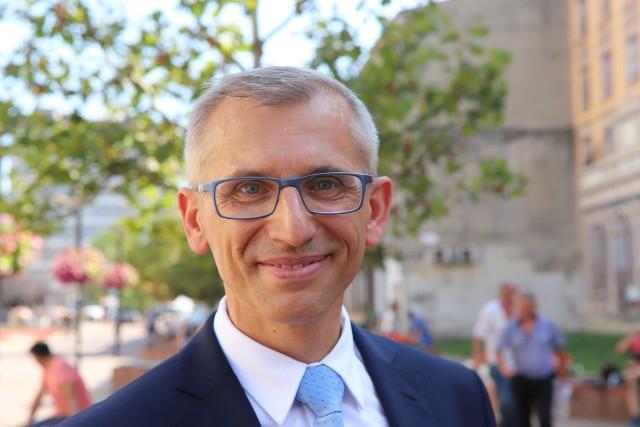 Łódzki senator Krzysztof Kwiatkowski, jeden z czwórki niezależnych w Izbie Wyższej Parlamentu.