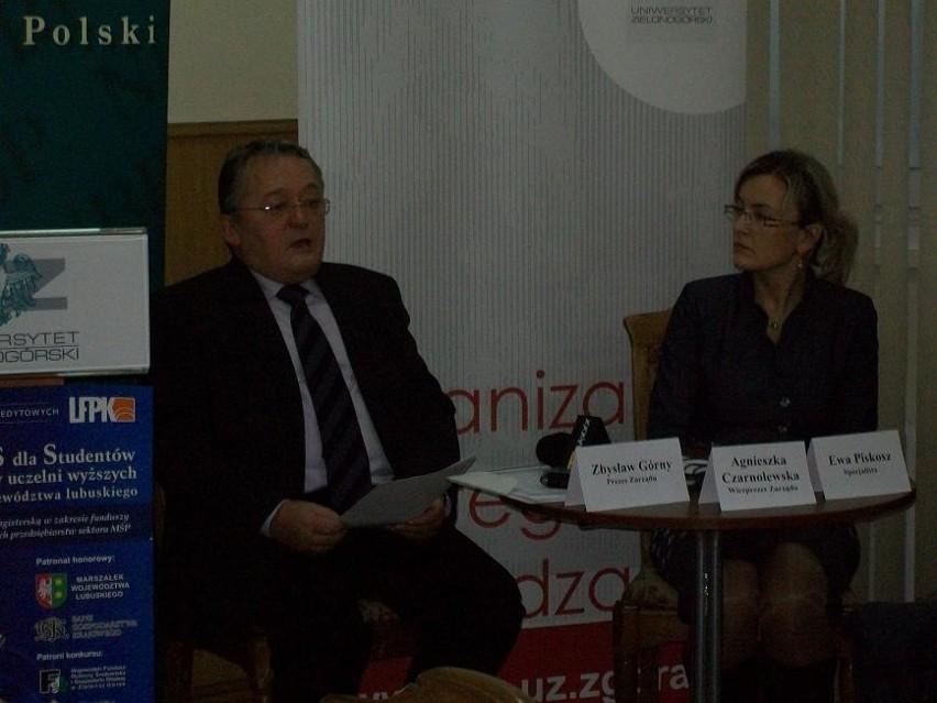 Prezes LFPK Zbysław Górny i wiceprezes Agnieszka Czarnolewska ogłaszają warunki konkursu dla studentów i absolwentów wyższych uczelni.