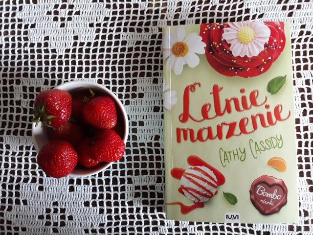 """Cathy Cassidy, """"Letnie marzenie"""", Wydawnictwo IUVI, Kraków 2020, stron 280, przekład: Anna Bereta-Jankowska"""