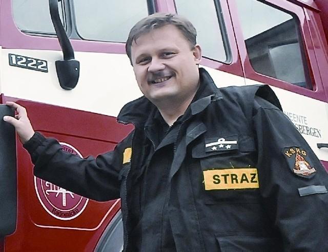 Grzegorz Kieliszak, 40 lat, od 10 lat jest prezesem OSP w Radomicku