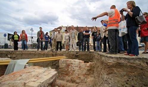 W czerwcu można było oglądać wykopaliska na Starym Rynku