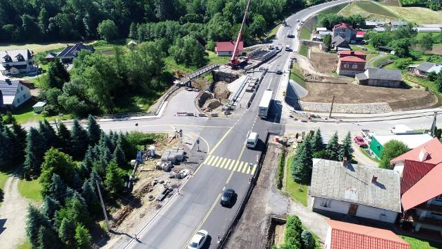 Nowy most na krajowej 19 w Jasienicy Rosielnej .