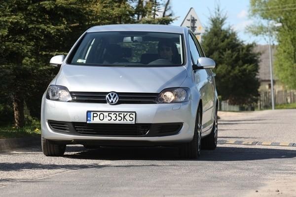 Volkswagen Golf Plus jest wyższy od zwykłej wersji Golfa.