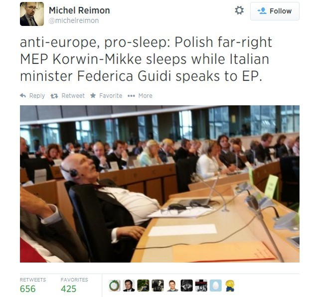 Janusz Korwin-Mikke w Parlamencie Europejskim. Zdjęcie zamieszczone na twitterze.